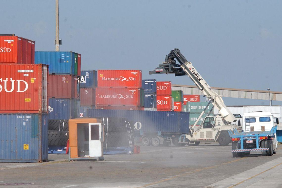 Photo of Crise na Argentina afeta exportações de produtos do Brasil para o país vizinho