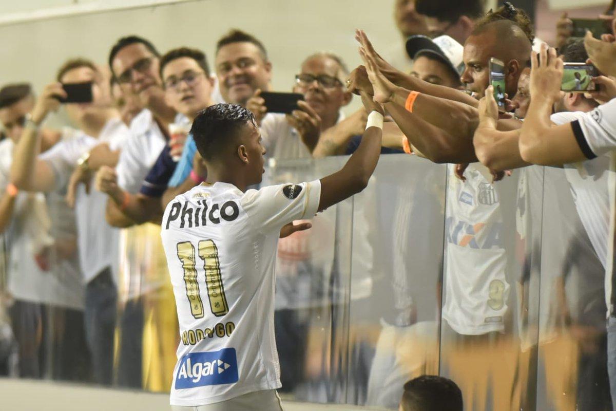 Photo of Com gols de Rodrygo e Jean Mota, Santos abre 2 a 0 sobre o Vasco na Copa do Brasil