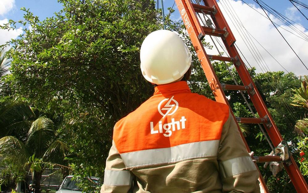 Photo of Light oferece vagas de emprego no RJ para diversos cargos