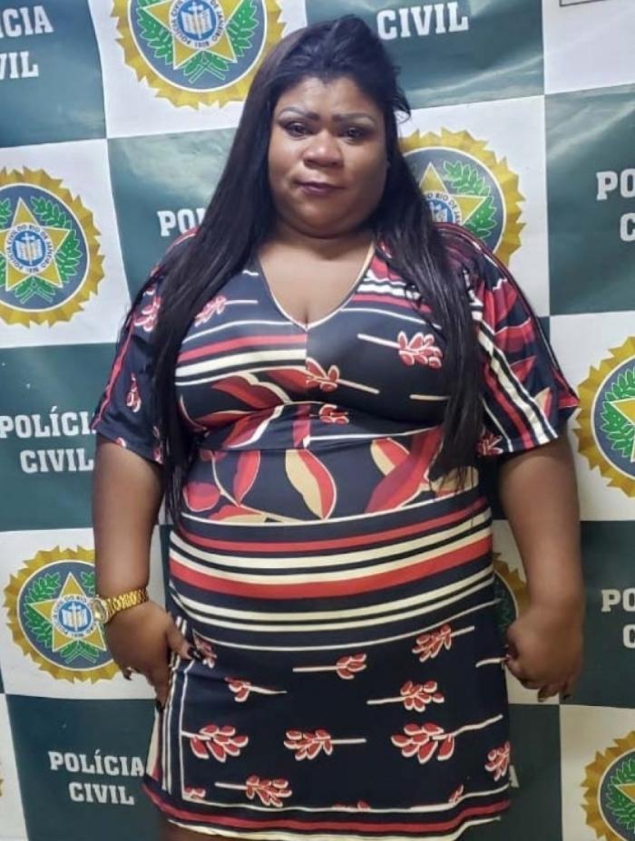 Photo of Mulher é presa ao tentar praticar golpe em banco no centro do Rio