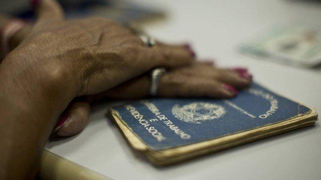 Photo of Estado do Rio oferece 1.417 vagas de emprego nesta semana
