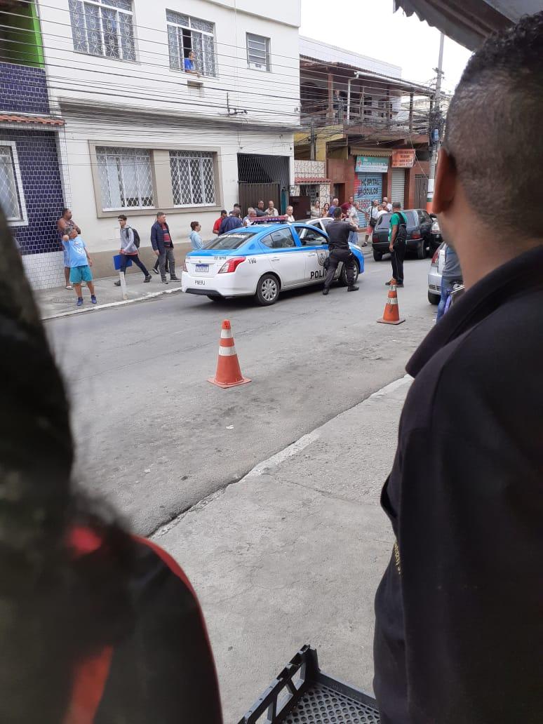 Photo of Homem é preso após sequestrar criança em saída de escola
