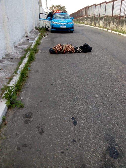 Photo of Corpo é deixado ao lado de cemitério na Baixada Fluminense