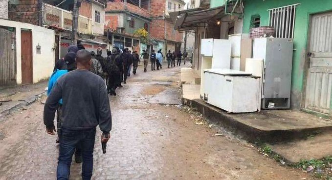Photo of Comando Vermelho tenta tomar comunidade da Milícia