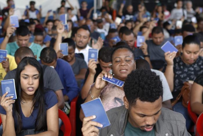 Photo of Mais de 3 mil vagas de emprego são oferecidos no Rio de Janeiro