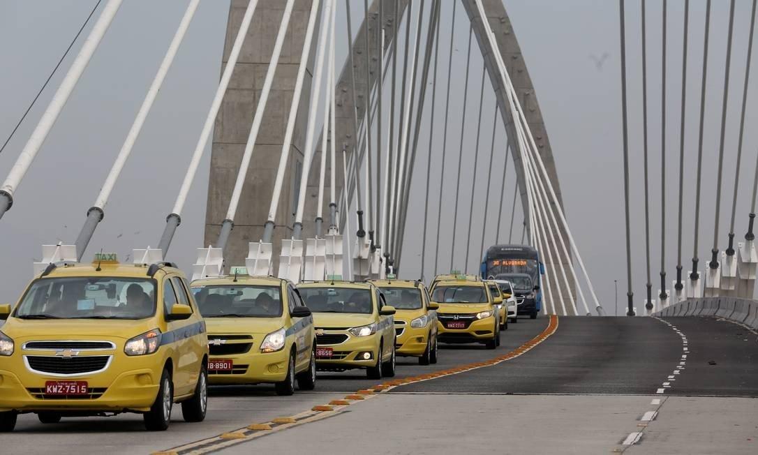 Photo of Táxis agora podem circular na Pista do BRT