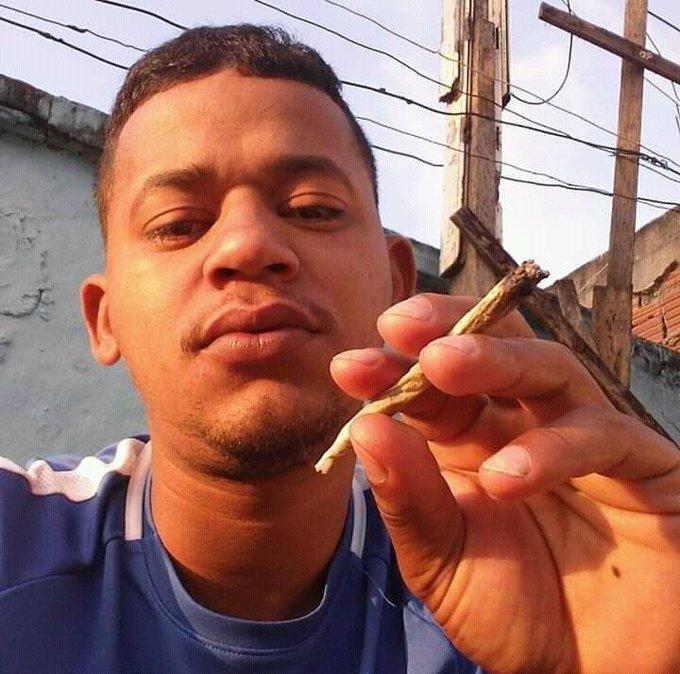 Photo of Traficante conhecido como Velho do Terra da comunidade Terra Nostra é morto por bandidos do CV