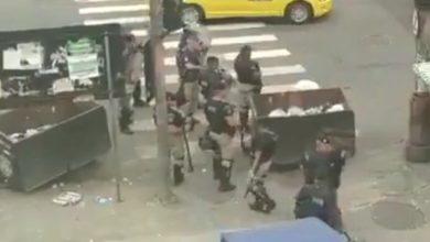 Photo of Guardas Municipais causam tumulto com camelôs em Madureira