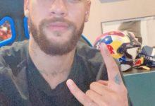 Photo of Neymar muda o visual e aparece careca