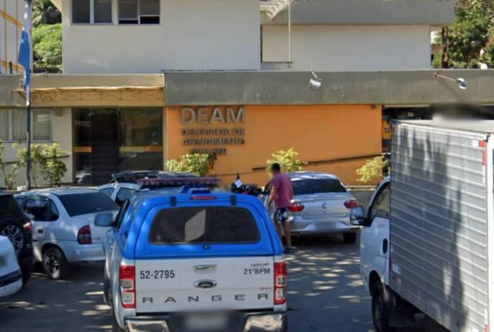 Photo of Dupla é presa suspeita de estuprar e agredir mulher em Duque de Caxias