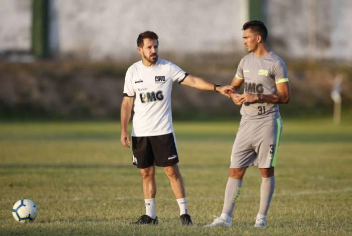 Photo of Ramon Menezes é efetivado como novo técnico do Vasco