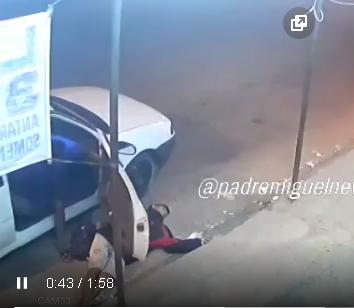 Photo of VÍDEO – Assaltante passa mal e desmaia durante assalto