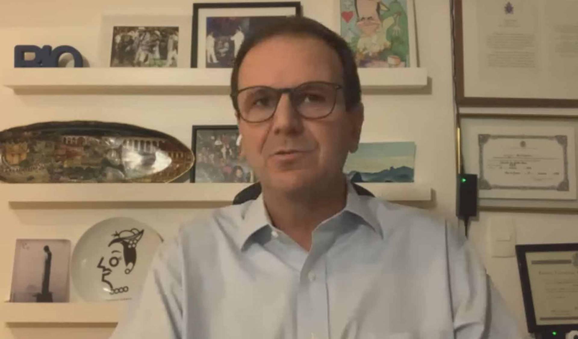 Photo of Ex-prefeito Eduardo Paes descobre por acaso que está com CoronaVírus