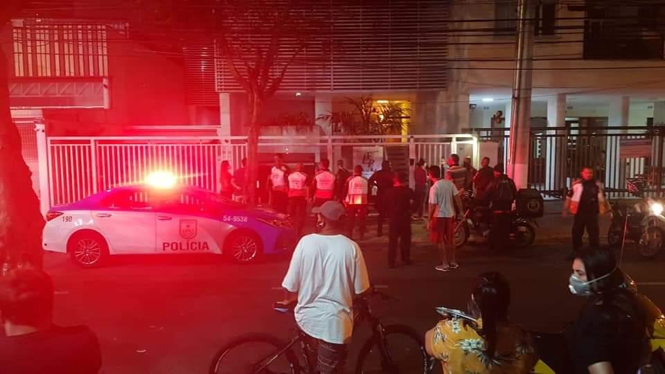 Photo of Feminicídio seguido de suicídio é hipótese mais provável para casal que caiu de prédio em Niterói