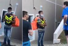 Photo of Motoboy humilhado ganha quase R$ 150 mil em vaquinha online