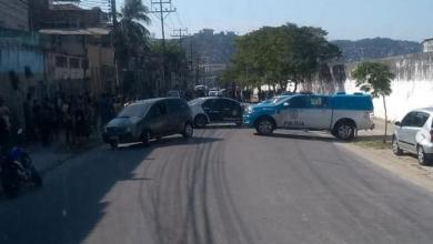Photo of Polícia intercepta bonde do TCP em Inhaúma, mata dois e fere três