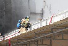 Bombeiros controlam chamas em Hospital (foto: reprodução UOL)
